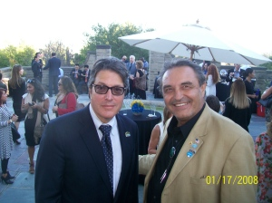 BH. Mayor John Mirisch / Gaston